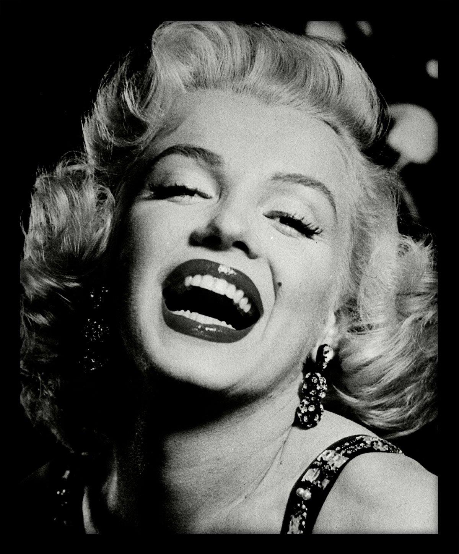 Quadro Marilyn Monroe Preto e Branco com Moldura Alto Brilho ...